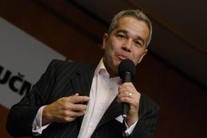 Robert Murray - Speaking - Prague - 2010