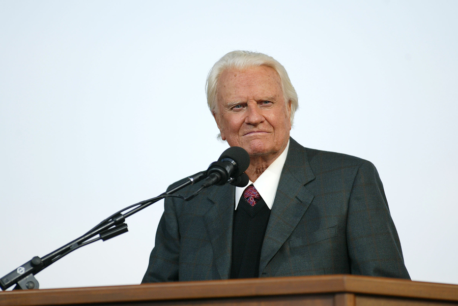 38 Inspirational Quotes from Billy Graham