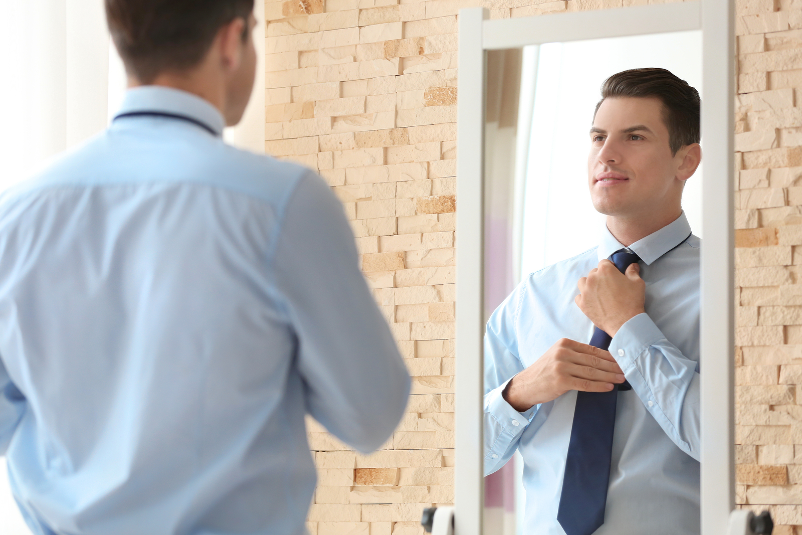 How Mirror Moments Can Improve Your Leadership Effectiveness